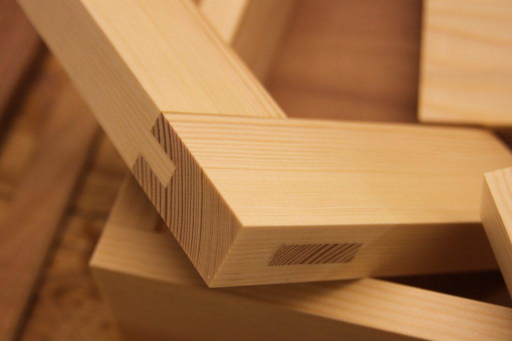 Kerajinan Kayu - kerajinan kayu bekas, kerajinan dari kayu, kerajinan tangan dari kayu, kerajinan dari kayu bekas, kerajinan limbah kayu