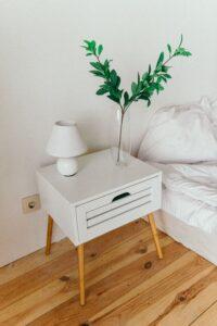 Lem kayu dan lem hpl Crona - pexels dmitry zvolskiy 2082092
