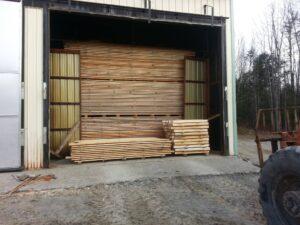 Lem kayu dan lem hpl Crona - thewoodmillofmaine.com 1397237 754414211242104 226376054 o 1024x768 1